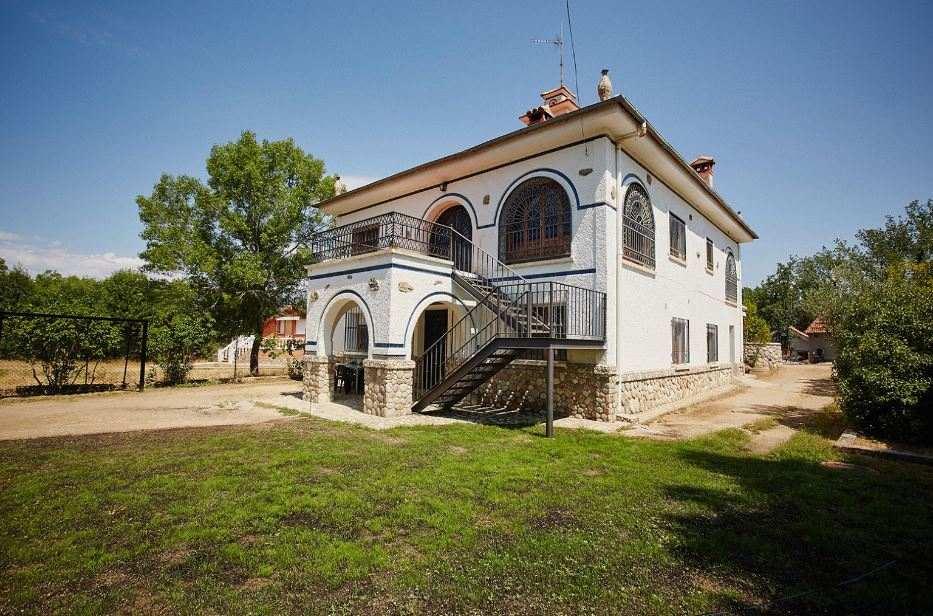 Torreblanca del Sol, alojamientos rurales con piscina y jacuzzi en la Sierra de Gredos, Navaluenga, Avila