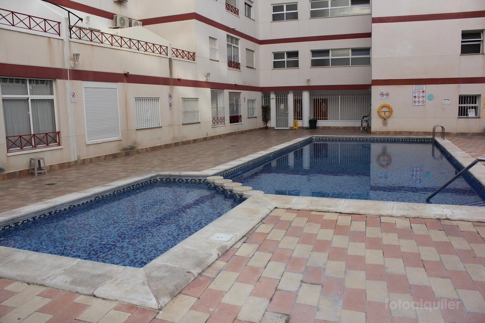 Alquiler de apartamento en Torrevieja, Alicante, ref.: torrevieja-10963