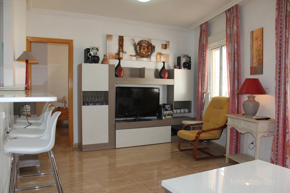 Alquiler de apartamento céntrico en Torrevieja, Alicante, ref.: torrevieja-11055