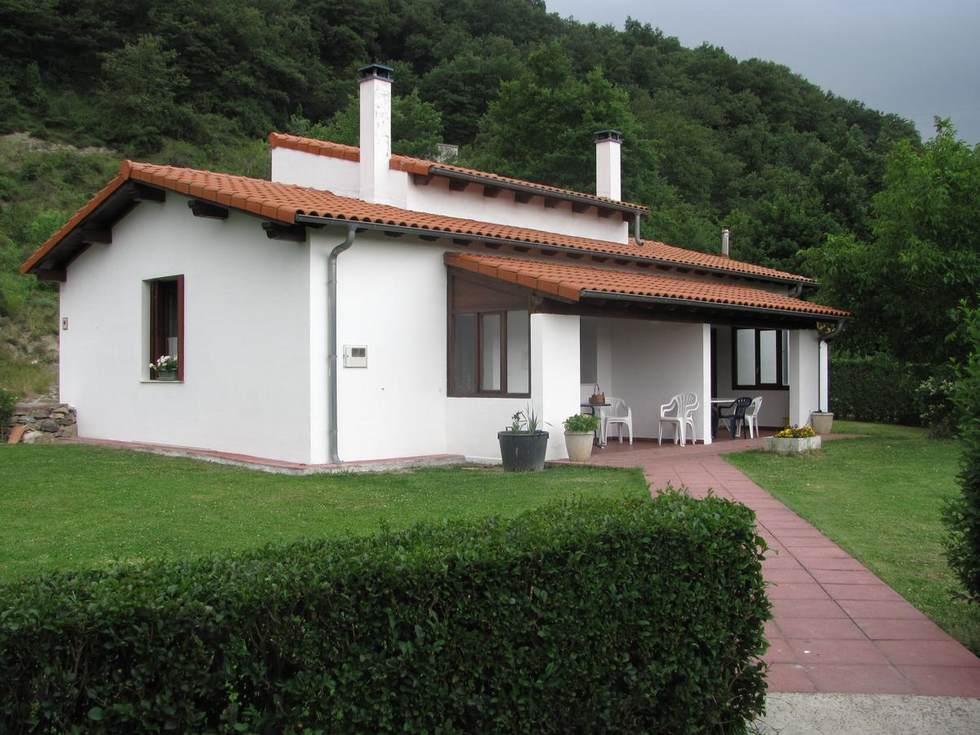 Apartamentos Rurales Txastarena en Urritzola, Arakil, Navarra