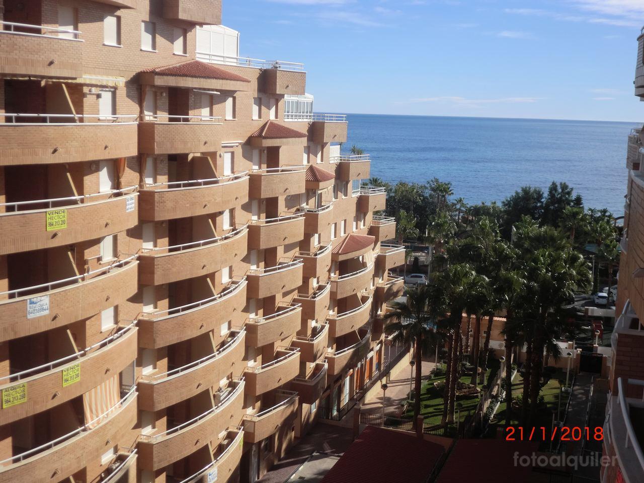 Alquiler de apartamento en primera línea de playa en Oropesa de Mar, Urbanización Marina D´Or, Castellón, ref.: v62