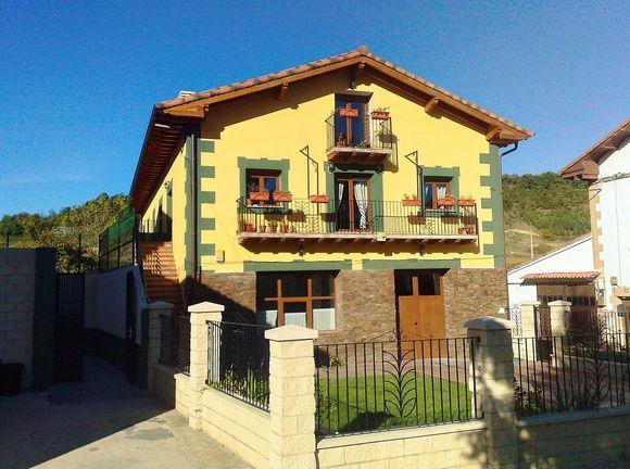 Casa Rural para 16 personas en Valdebelar, Bajauri, Burgos.