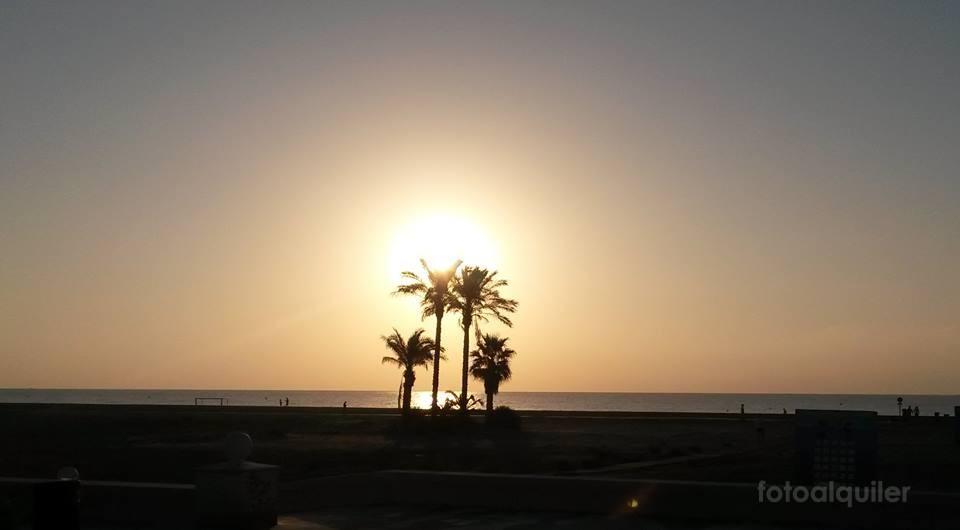 Apartamento de lujo en primera línea de playa, Urbanización Vera Garden, Vera, Almería, ref.: vera10326