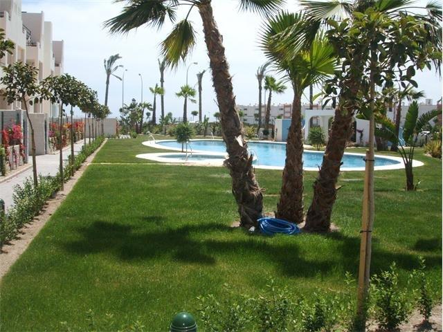 Alquiler atico con piscina privada en Vera, Almeria