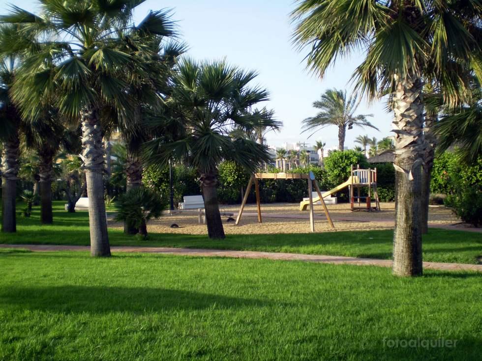 Apartamento primera linea de playa, Urbanización Vera Garden, Vera