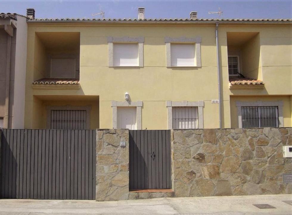 Villa Soterraña, chalet adosado en Trujillo, Cáceres