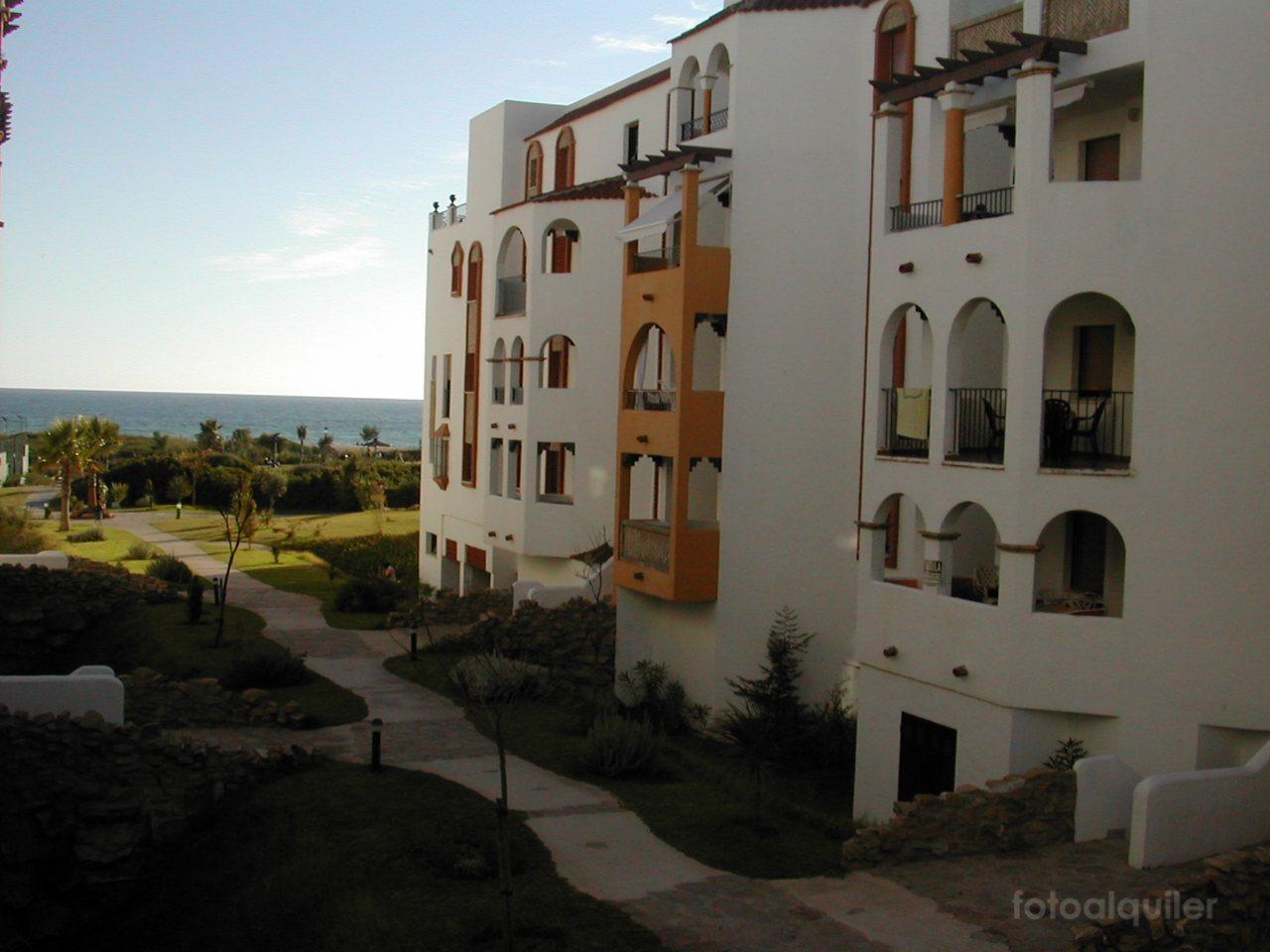 Apartamento de alquiler en primera línea en Atlanterra Costa, Zahara