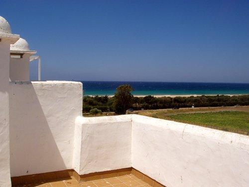 Alquiler de ático tres dormitorios y solarium en Atlanterra Sol, Zahara