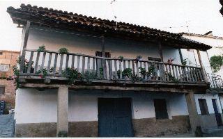 Casa típica de Valdastillas